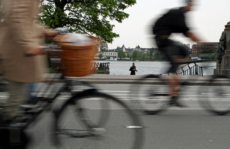 cycling-copenhagen-2